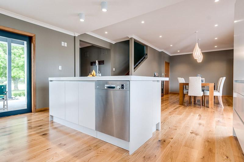 Napier-Timber-Flooring-dining-room